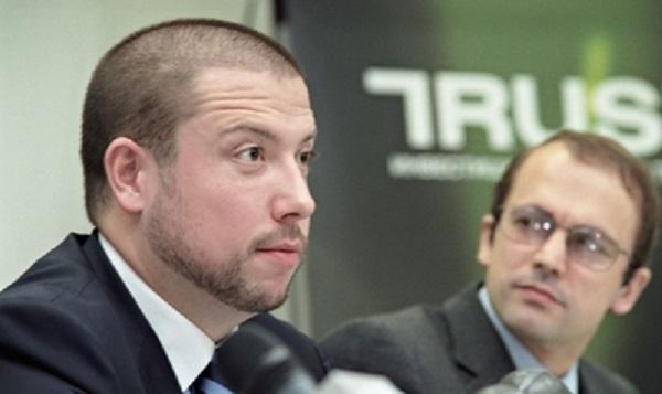 Илья Юров тянет банковских жуликов Аганбегяна и Беляева в нью-йоркский суд