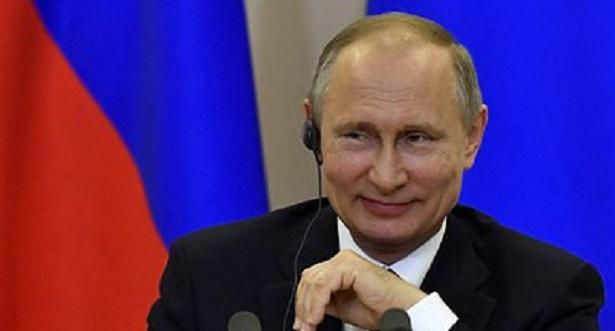 Путин отказался считать свой день рождения национальным праздником