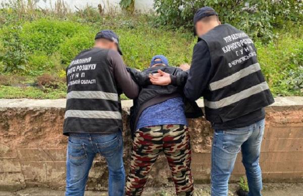 В Чернигове поймали любителя девочек из малообеспеченных семей