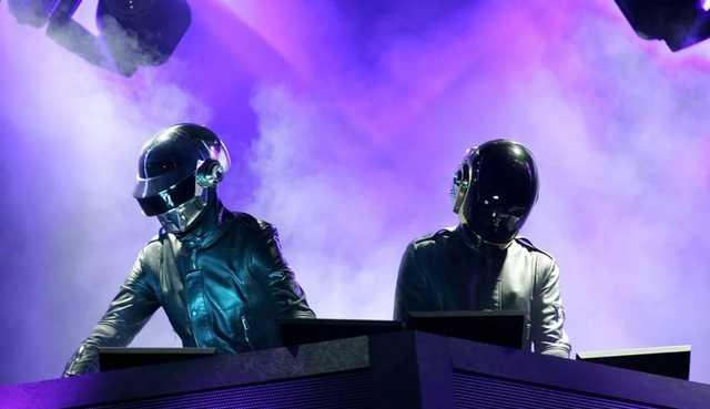 Участники Daft Punk объявили о распаде группы