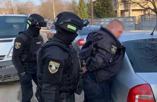 В Днепропетровской области задержан полицейский, требовавший «дань» с бизнесменов