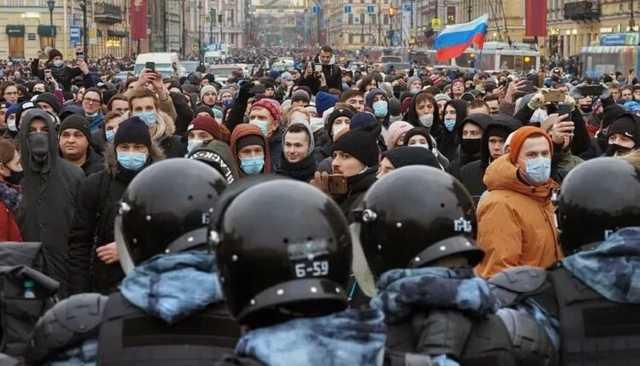 В Кремле признали совершенные при подавлении протестов ошибки