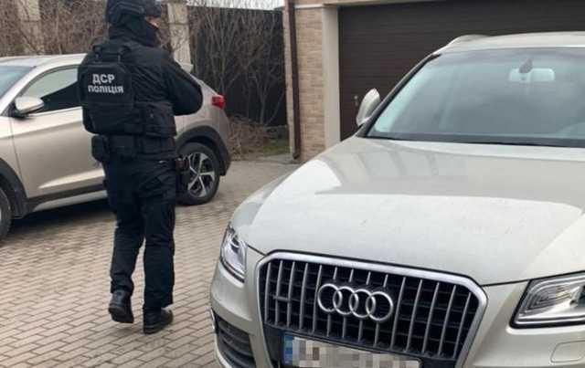 Двое киевлян организовали международную мошенническую схему. Их арестовали с залогом в 325 млн гривен