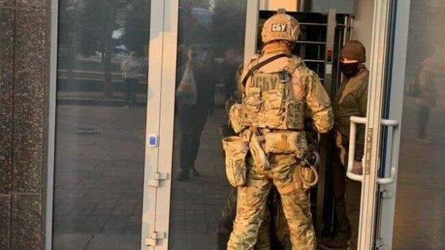 """Обыски в АРМА: ищут пропавший """"воровской общак"""""""