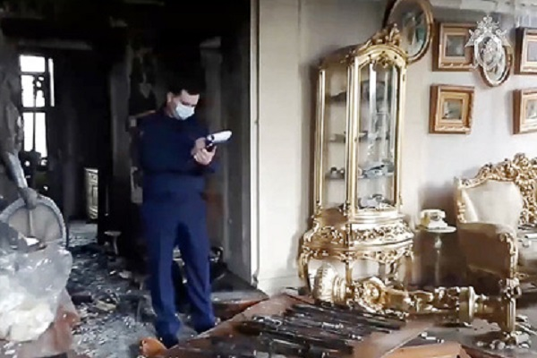 В доме стрелка из Мытищ нашли 29 автоматов и 100 тысяч патронов