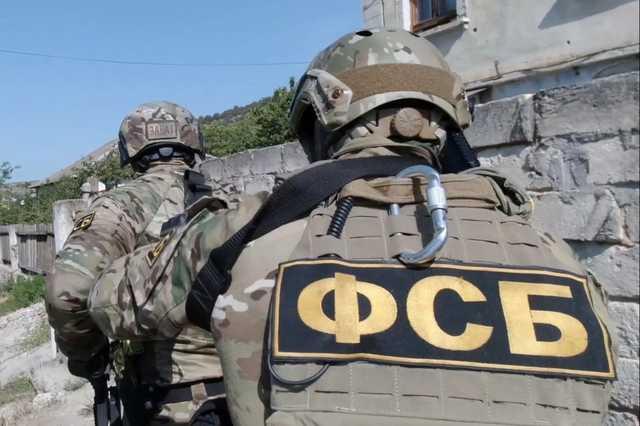 Зачем ФСБ «вела» стрелка Барданова?