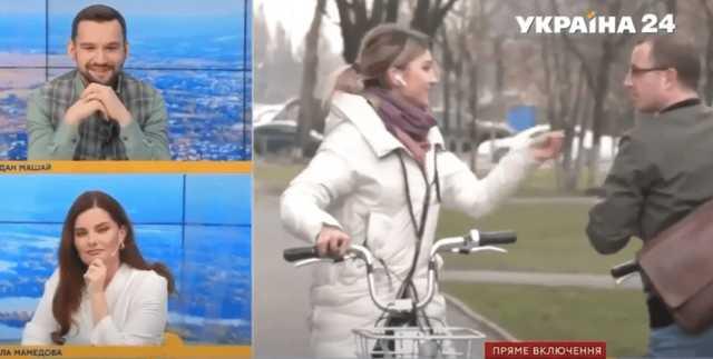 """В прямом эфире канала Ахметова проезжавший мимо велосипедист назвал олигарха """"петухом"""""""