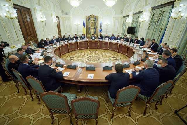 Кто попал под контрабандные санкции СНБО: полный список