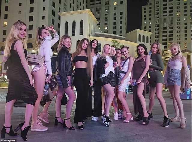 Устраивал вечеринки для депутатов ВР: СМИ назвали имя организатора голой фотосессии в Дубае
