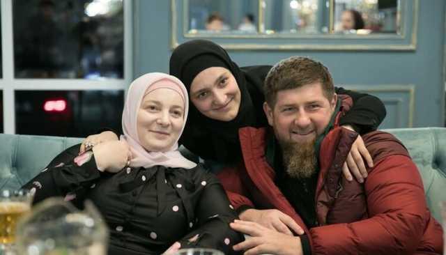 Три жены Рамзана Кадырова владеют недвижимостью более чем на 800 млн рублей