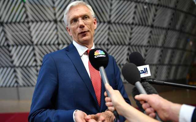Премьер-министр Латвии заявил о проведении ЧМ по хоккею без зрителей