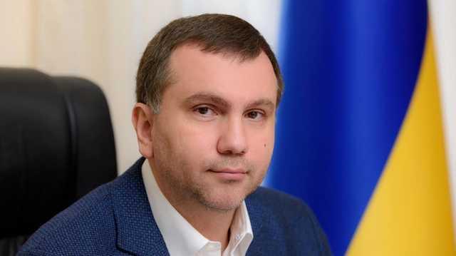 Судья Вовк хранил свои сокровища в офисе менеджера Ахметова