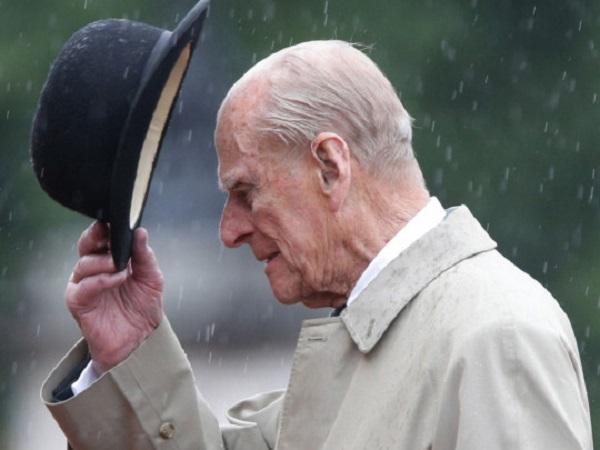 Хотел умереть дома: стало известно, как провел свои последние дни принц Филипп