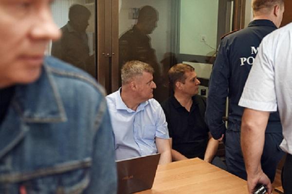 Виновники гибели пожарных при тушении склада в Москве получили условные сроки