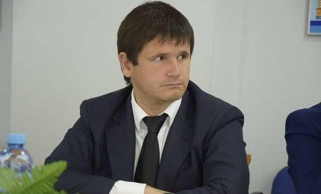 «Бывшую» жену депутата-олигарха Флюра Галлямова судят по делу о финмахинациях. На очереди – его племянник Рифат Гарипов?