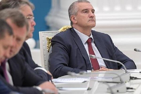 Глава Крыма удивился коллегам не из санкционного списка США