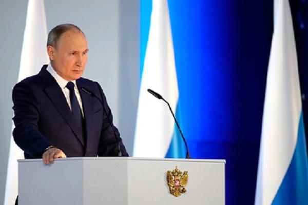 Рейтинги Путина выросли после послания Федеральному собранию