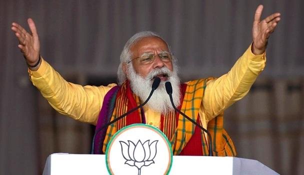 """Премьер Индии заявил о """"коронавирусном шторме"""""""