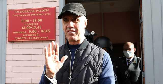 Авторитетный бизнесмен Анатолий Быков остаётся под арестом, но снят с учета