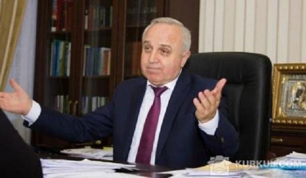 Предводитель академиков-аграриев Гадзало отстранен от должности из-за внедорожника Чмыря