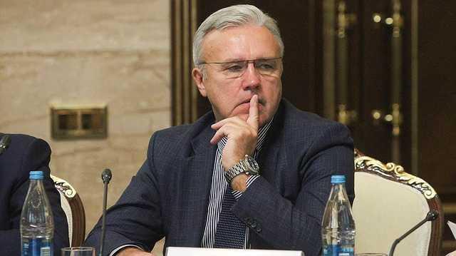 Губернатор Красноярского края Александр Усс собирается узнать уровень доверия населения к нему, потратив на это более 4 млн рублей