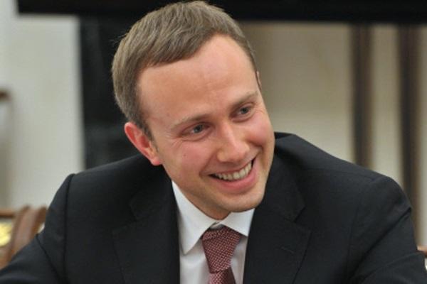 Сексот ФСБ, банкир-мошенник Артем Аветисян сделал губернатора Никитина медийным клоуном