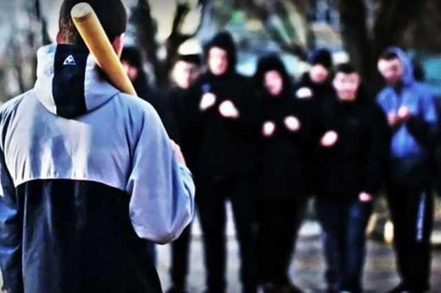 В Одессе подростки устроили массовую драку на Пасху