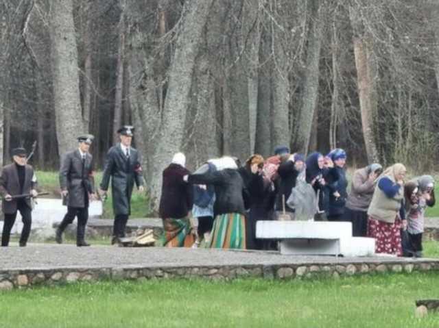 Под Витебском организовали «театрализованную реконструкцию» сожжения жителей деревни