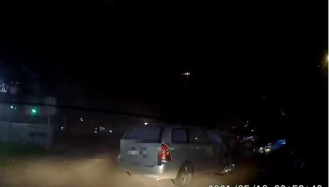 В Одессе пьяный водитель пытался скрыться от полиции и повредил 9 авто