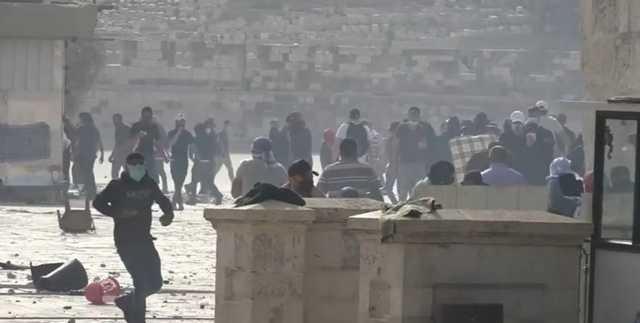 Беспорядки на Храмовой горе в Восточном Иерусалиме вспыхнули с новой силой