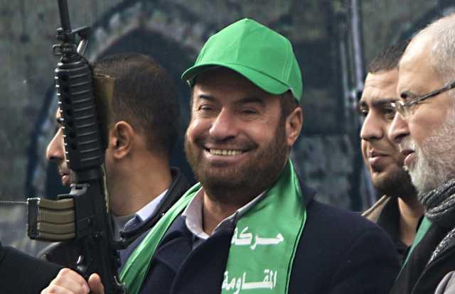 «Купите ножи за 5 шекелей и отрезайте головы евреям»: представитель ХАМАС обратился к палестинцам
