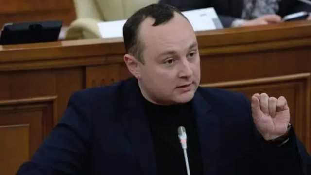 Молдовский депутат назвал похищение Чауса подарком Зеленскому от Санду