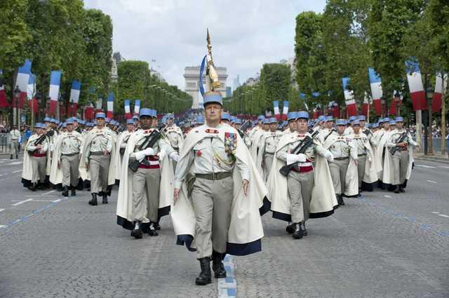 150 тысяч французских военных поддержали в письме генералов, предупредивших о надвигающейся расовой гражданской войне — СМИ