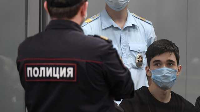«Я стрелял по школьникам, целясь в головы»: допрос казанского стрелка попал в Сеть