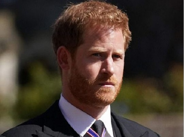 «Для парня, который жаждет приватности, он слишком много тявкает о своей личной жизни»: Пирс Морган раскритиковал принца Гарри