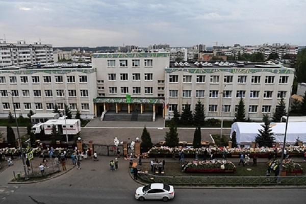 Президент Татарстана попросил жестко пресекать героизацию напавшего на школу