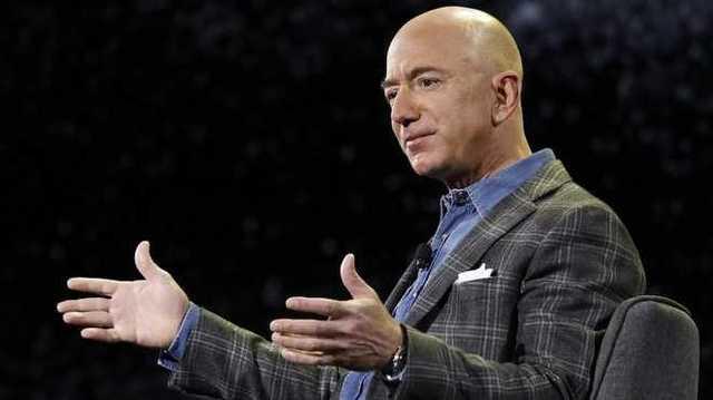 Джефф Безос покинет пост гендиректора Amazon: известны дата и преемник