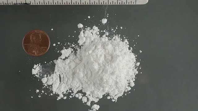 В Одессе полицейская украла кокаин из вещдоков на $100 тысяч и пыталась его продать