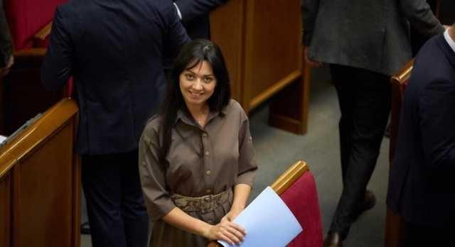 «Слуга народа» Татьяна Рябуха назвала главу Сумской ОГА Хому — «пид@расом»