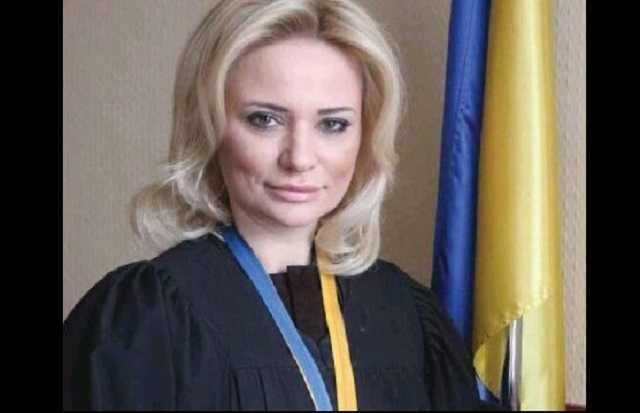 Уволилась судья-взяточница по делу Злочевского