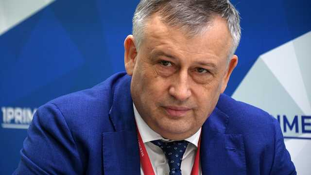 "Тридевяткино ""детство"" губернатора Дрозденко"