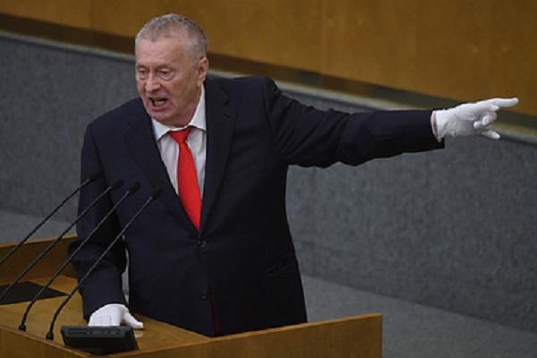 Жириновский предложил выводить российских футболистов под «Боже, Царя храни!»