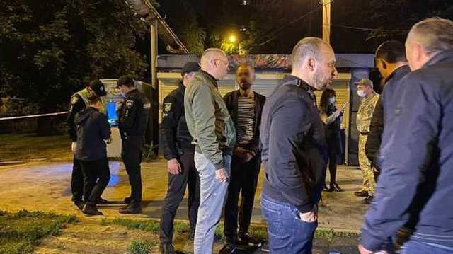 В Харькове мужчина бросил взрывчатку в толпу: трое пострадавших
