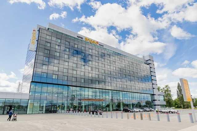 Герман Греф поделит отель в Екатеринбурге с Кипром и Австрией