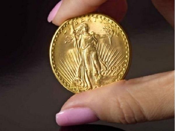 Редчайшая золотая монета продана за рекордные 18,9 миллиона долларов