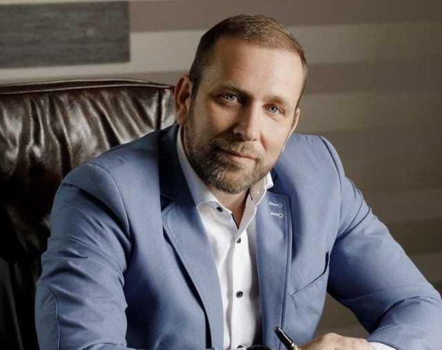 У таможенника Александра Щуцкого, которому предназначалась взятка в $700 тысяч, прошли обыски