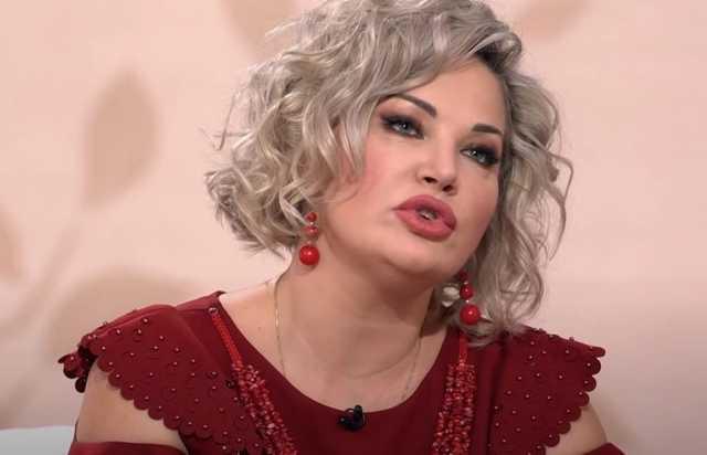 Она должна сидеть за измену родине, дурища картонная: Соседов высказался о Марии Максаковой