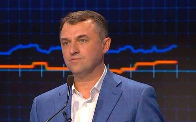 Глава НКРЭКУ прикупил себе новенький Lexus за 1,4 млн грн