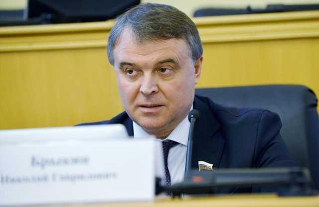 Генерал-депутат Брыкин на рейде. Как попрессовали, обобрали и отпустили 70-ленего Евгения Петраченко