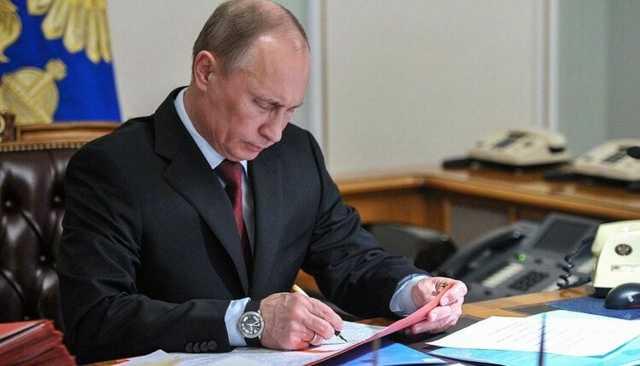 Путин наложил вето на законопроект об ответственности СМИ за фейки
